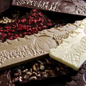 assortiment de tablettes de chocolat gourmandes