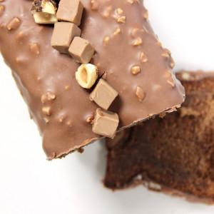 cake au chocolat découpé